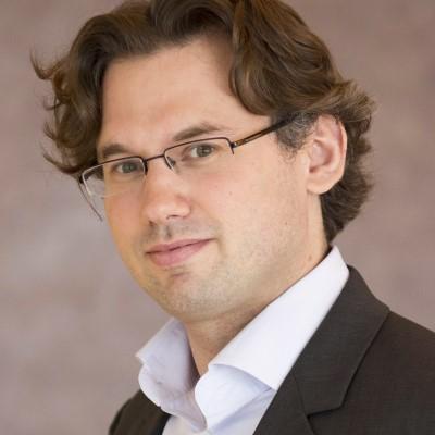 Dr. Daniel Zipser